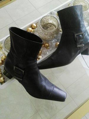 Maripé Booties black leather