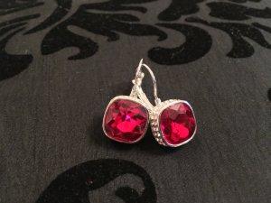 Schicke Ohrringe in Rot