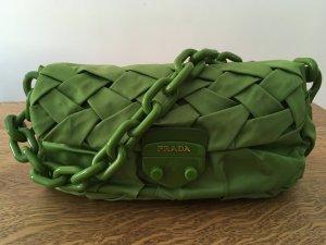 Schicke Original Prada Schulter-Handtasche in modischem Grün