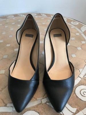 Bata Spitse pumps zwart