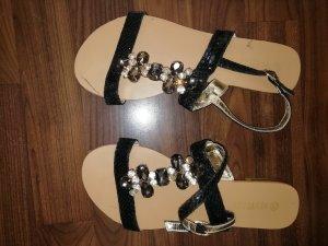 Schicke Riemchen Sandalen