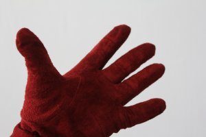 Schicke rote Wildlederhandschuhe