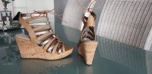 Graceland Platform High-Heeled Sandal beige