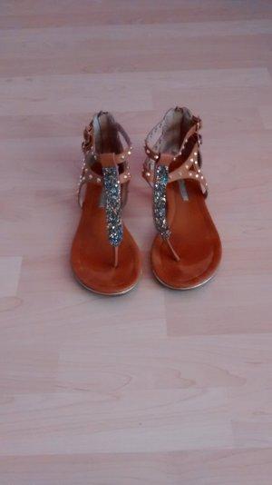 Schicke Sandalette von Buffalo