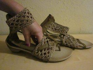 Sandalo infradito con tacco alto marrone chiaro-sabbia Finta pelle