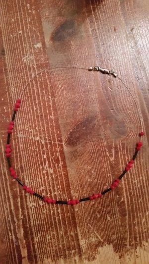 Collier gris anthracite-rouge foncé