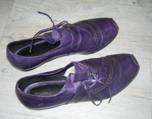 Schicke Schuhe aus Leder von Tamaris