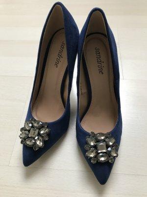Schicke Schuhe für jeden Anlass blau
