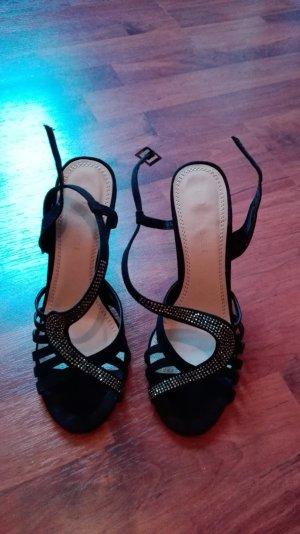 Schicke Schuhe mit Absatz