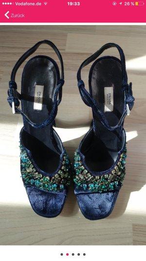 Schicke Schuhe von Prada
