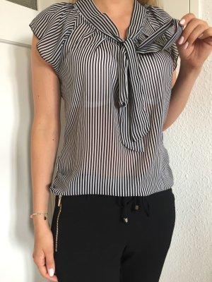 Schicke, Schwarz-Weiß gestreifte Bluse von Only