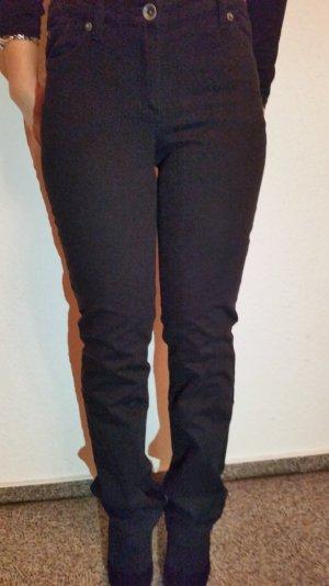 Schicke schwarze Hose aus Zero in Gr. 34