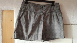 Schicke Shorts von H&M Größe 38