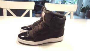 schicke Sneaker von Puma, Gr 37,5