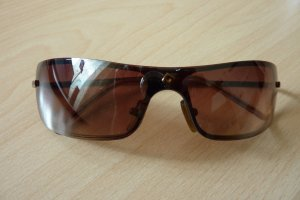 Schicke Sonnenbrille - leicht bronzefarben