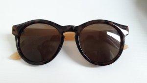 Schicke Sonnenbrille von Hallhuber (neu)