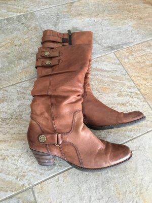 Schicke Stiefel in braun von Tamaris