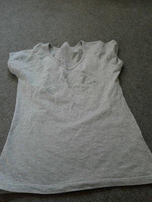 Schicke T-Shirt mit selber aufschrift