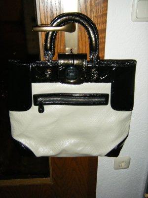 Schicke Tasche von Zara