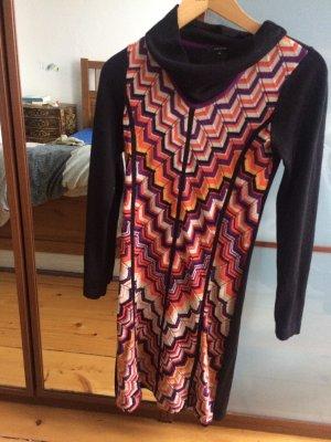 Schicken langärmeliges Kleid