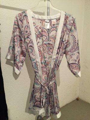 Schicken Satin-Kimono von H&M