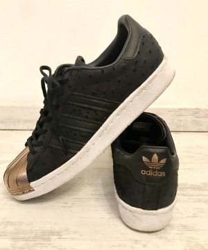 Adidas Lace-Up Sneaker black