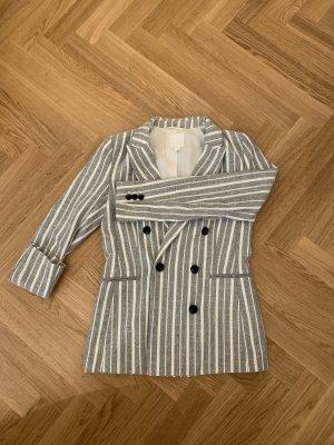 H&M Blazer largo gris claro-blanco