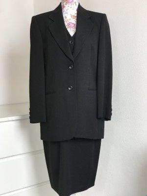 Schicker dreiteiliger Damen Business Anzug von Bianca In schwarz