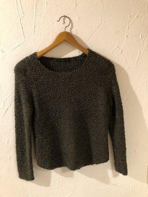Schicker dunkelgrüner Pullover