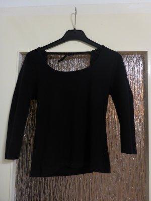 schicker, eleganter schwarzer Pullover