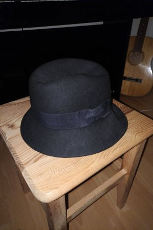 schicker Fedora Hut