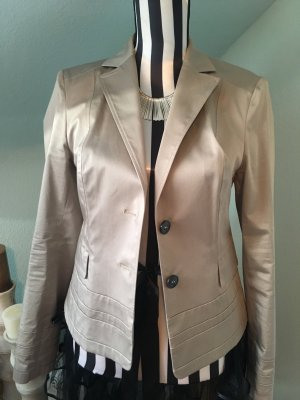 Schicker Hugo Boss Damenblazer