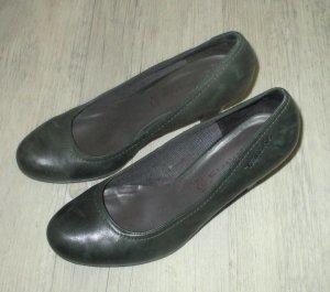 Tamaris Loafer verde scuro Pelle