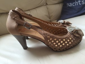 Schicker Peeptoe in nude