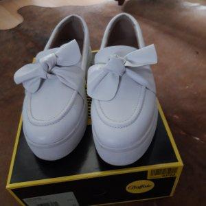 Buffalo Slip-on Sneakers white leather