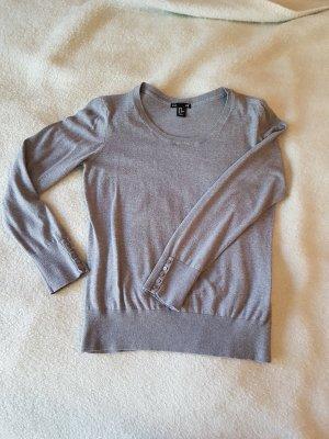 Schicker Pullover mit dem gewissen Etwas