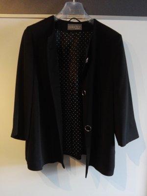 Schicker schwarzer Mantel