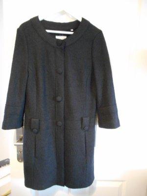 Schicker schwarzer Mantel mit 3/4 Ärmeln