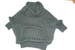 schicker schwarzer Pullover