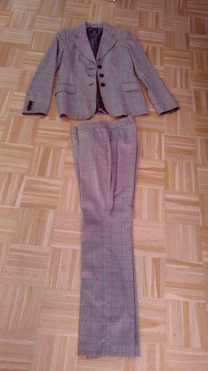 Schicker Sonia Bogner Anzug im top aktuellen Hahnentritt-Muster Gr 38