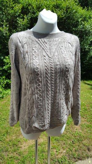 Schicker Strick-Pullover von s.Oliver, Gr. 42, grau-braun