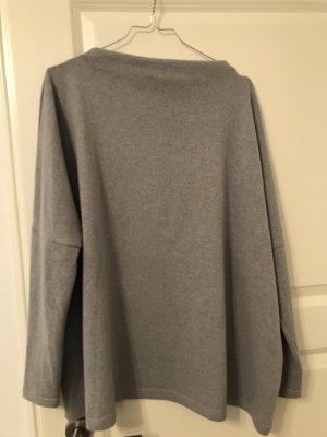 Schicker warmer Pullover