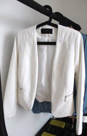 Schicker weißer Blazer von Reserved