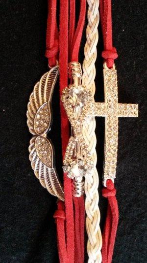 schickes Armband  neu  in rot/weiß mit 3 Anhänger  mit Strass Steine