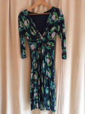 Schickes Boden Kleid in Gr 36 in regulärer Länge (UK 10R)