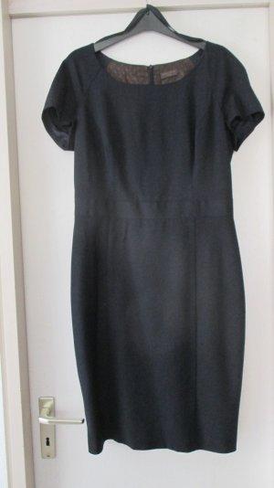 Schickes Business Kleid von S.Oliver