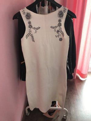 Schickes enges Kleid