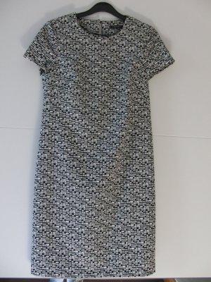 Schickes Etui-Kleid von Esprit
