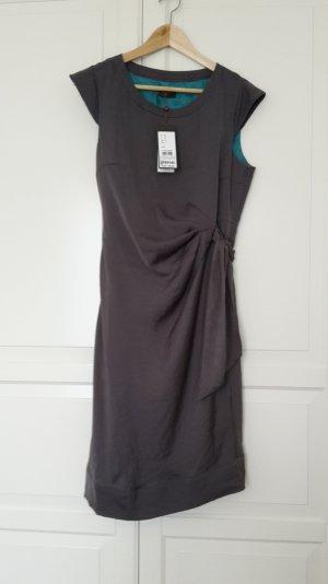 Schickes graues Kleid