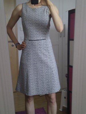 Schickes Jacquard-Kleid aus Stretch-Jersey - wie neu